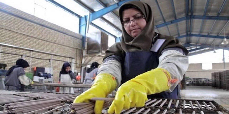 تشغيل المرأة العاملة في القطاع غير الرسمي