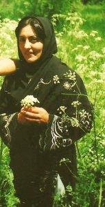 جامعه ایران از یاد نخواهد برد زنانی همچون شیرزن کرد شیرین علم هولی را که با مقاومت خود در برابر این نظام زن ستیز از حق زن ایرانی کوتاه نیامدند.