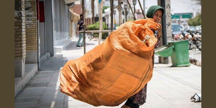 دختربچه های زباله گرد تنها نان آوران خانه، قربانی فقر مطلق