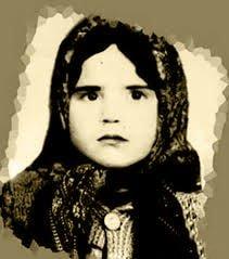 پروین اعتصامی (رخشنده ) در ۲۵ اسفند ۱۲۸۵ در تبریز متولد شد.
