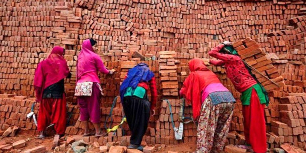 اکثریت قاطع کارگران ایران روزمزد هستند