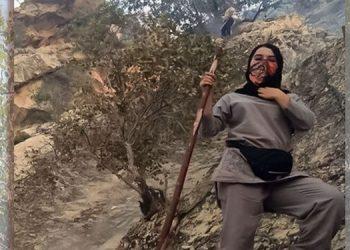 زنان با دستان خالی در مصاف با آتش بی عملی رژیم در حداقل ۲۰۰۰نقطه جنگلی