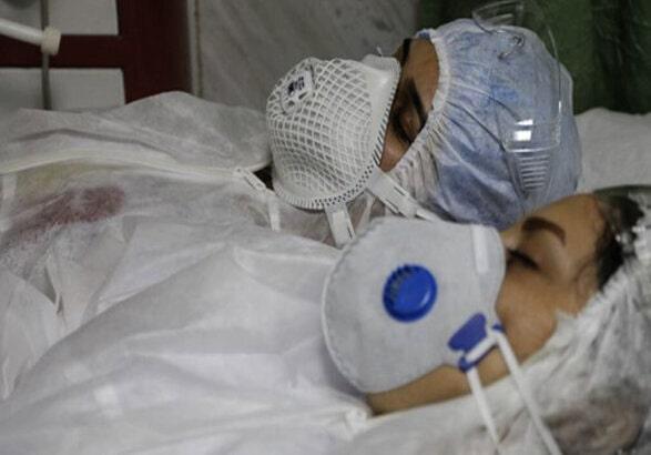 کادر درمانی ایران با ۱۵هزار مبتلا به کرونا