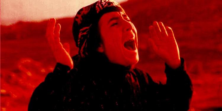 سنت خون بس از نگاه قوانین زن ستیزانه و ارگانهای مجری قانون رژیم