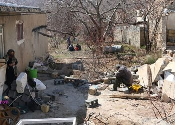زلزله سی سخت و باز هم بی عملی رژیم - ۲۰۰زن سرپرست خانوار در میان خسارت دیدگان