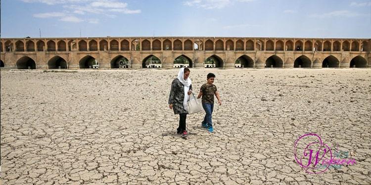 بیابان زایی و خشکسالی– سونامی دست ساز رژیم آخوندی علیه ایران زمین