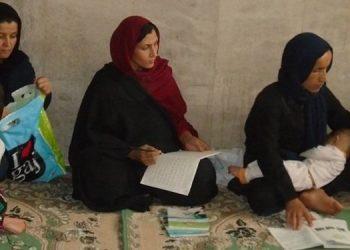 سوادآموزی در ایران - سهم دختربچه ها و زنان دوسوم جمعیت بی سوادان