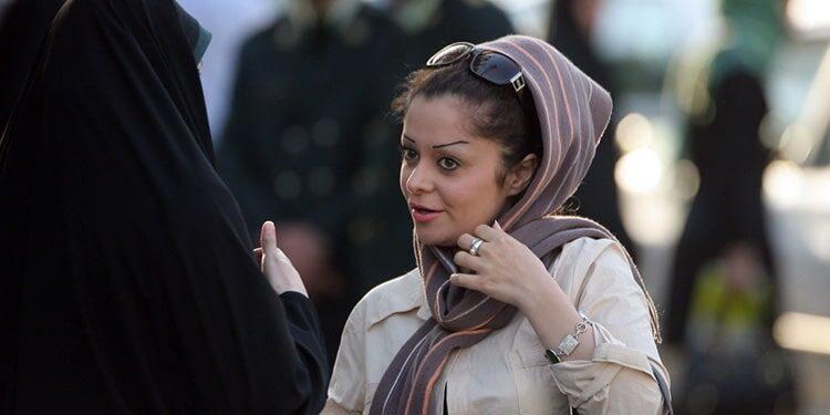 Le voile obligatoire s'avère crucial dans la guerre des mollahs contre les femmes en Iran
