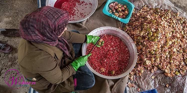 Après un an de coronavirus, la détresse des femmes chefs de famille en Iran