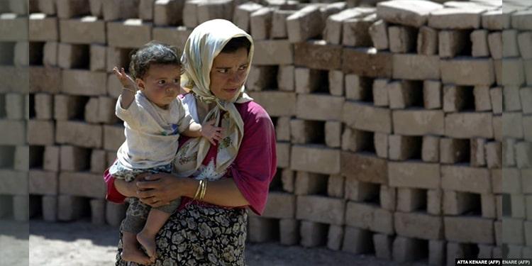 Les femmes qui travaillent en Iran, premières victimes de la pandémie de COVID-19