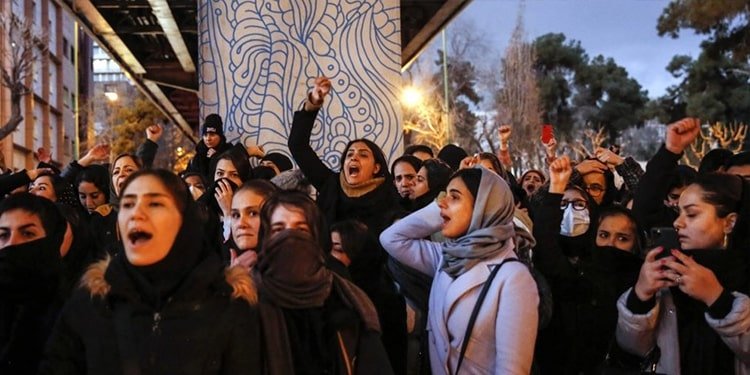 Condamnez l'élection à la CSW du premier ennemi des femmes en Iran