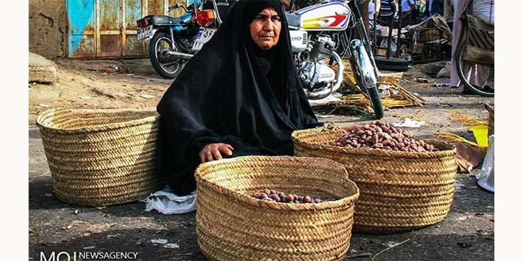 Les vendeuses ambulantes dans les provinces du sud de l'Iran