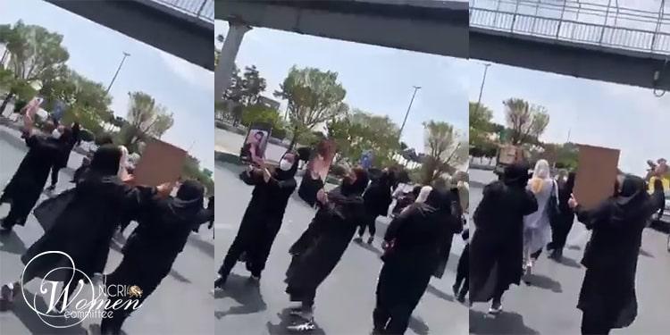 Photo extraite d'un clip vidéo montrant la marche des mères sur l'avenue Azadi