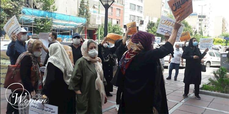 Les protestations des médecins ont lieu alors que les responsables