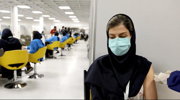 La vaccination par goutte à goutte dans le ciel des virus mutants