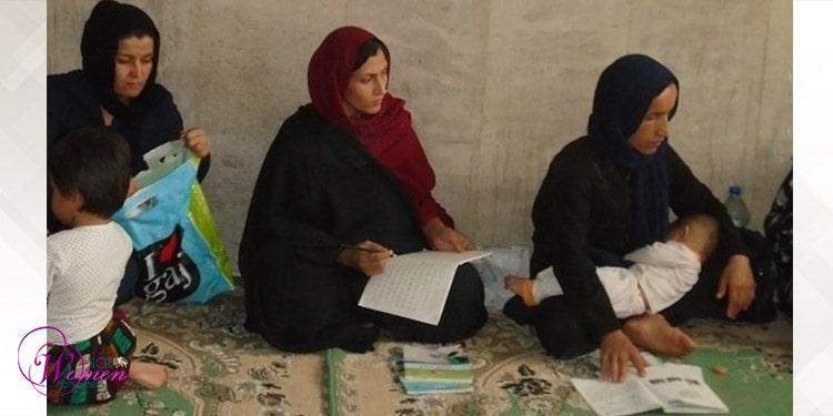 Alphabétisation en Iran - les femmes et les filles représentent les deux tiers des analphabètes.
