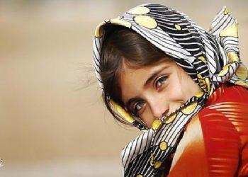 La petite fille iranienne est la plus jeune victime de cruelles discriminations