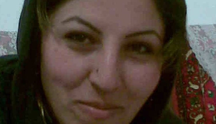 Soghra Khalili, mother of 4-year-old son, sentenced to death in Sanandaj