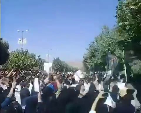 Angry protests in Lordegan
