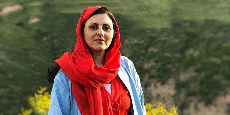 Golrokh Iraee taken to Qarchak Prison after a day in Tehran jail