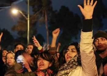 Thousands of students in Tehran called for ouster of Ali Khamenei