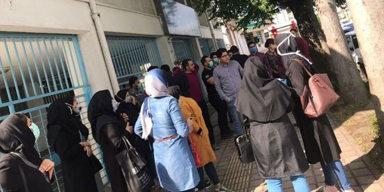Nurses in Gilan Province Hold Protest Rally for Official Employment