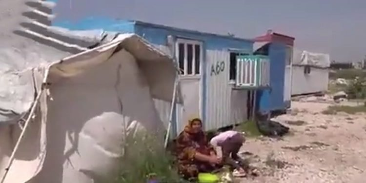 2.5 years after the Kermanshah earthquake, women still live in trailers